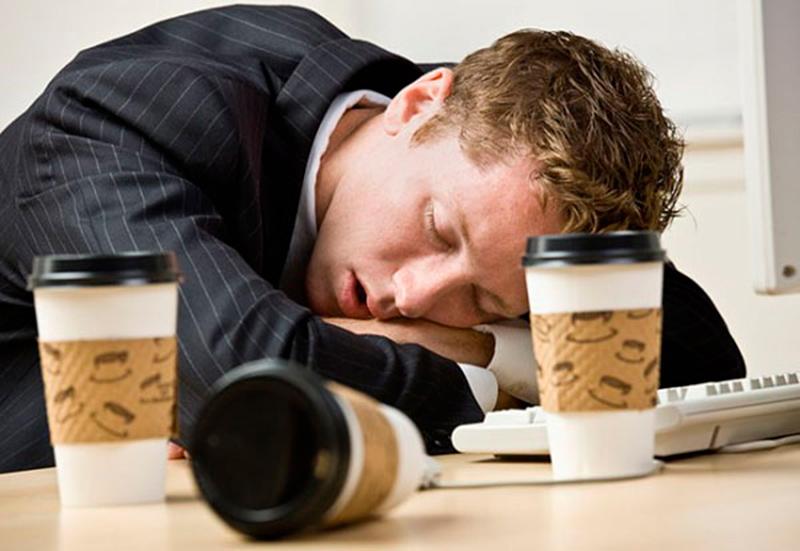 Descubre la relación entre sueño y café